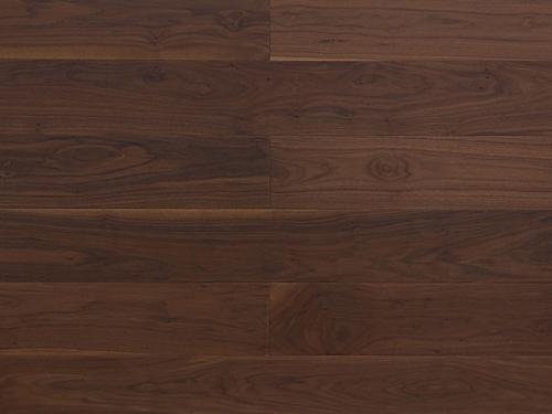如何防止黑胡桃木地板变形