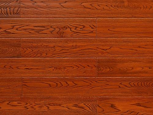 该如何铺设栎木地板