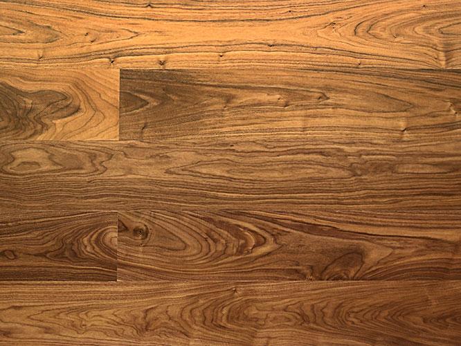 胡桃木地板