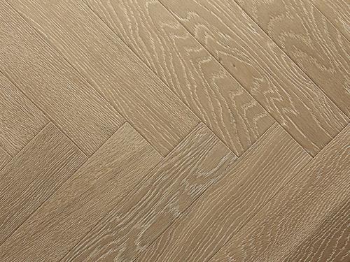 橡木新三层地板